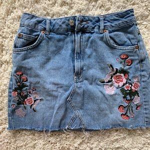 Topshop Moto Jean floral Skirt